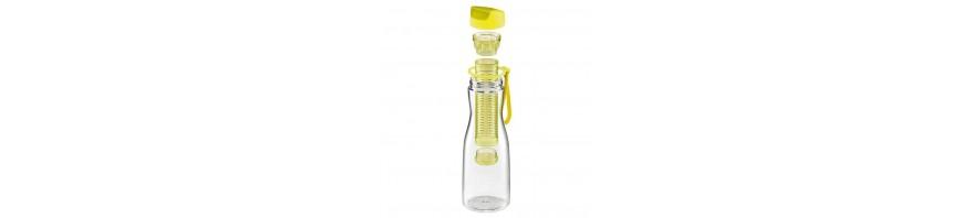 bottiglia in plastica  per bevande lt.0.7 con infusore tescoma
