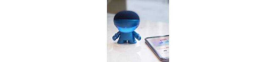 art toy wireless speaker with selfie remote boy mini xoopar